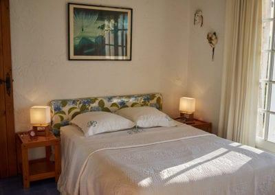 Chambre principale pour location de vacance Mas de Guerrevieille